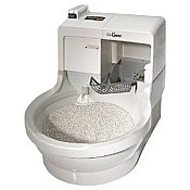 picture of a self cleaning cat litter box, cat genie